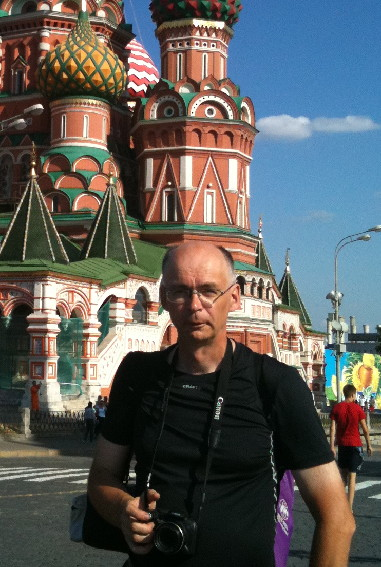 Urpo Taskinen på Röda Torget, Moskva sommaren 2010. Foto Tarja Leinonen